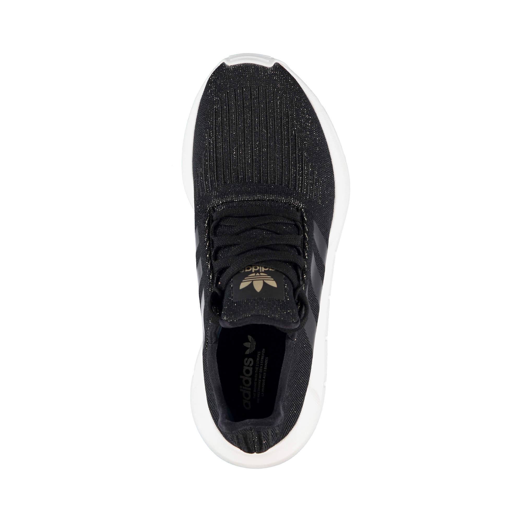 adidas Swift Run Kadın Siyah Spor Ayakkabı