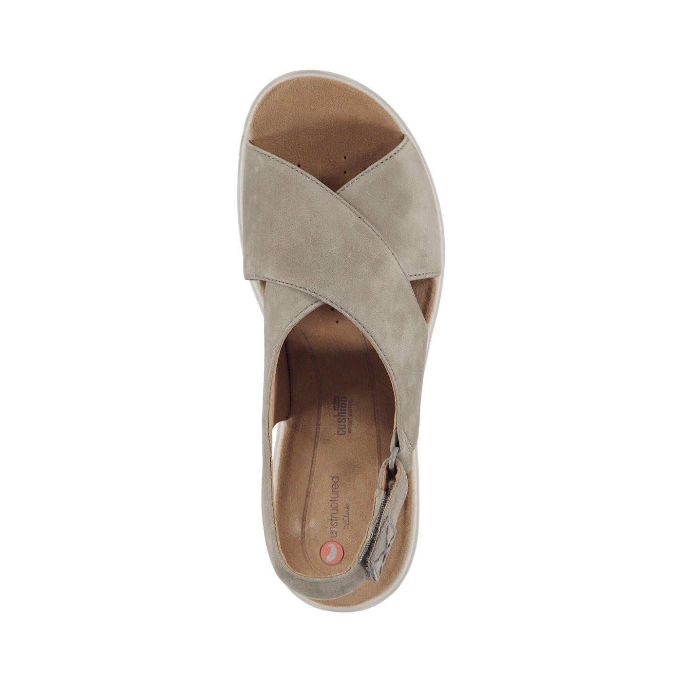 Clarks Un Karely Hail Kadın Bej Sandalet
