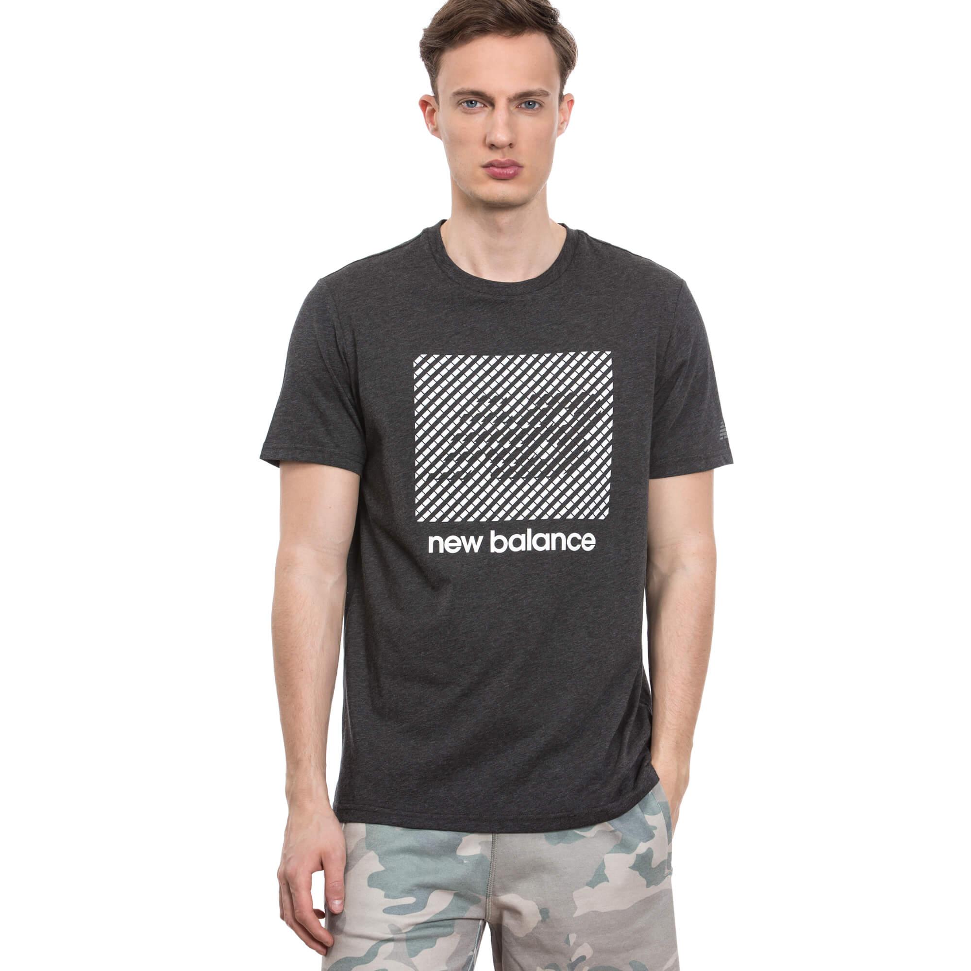 New Balance Erkek Siyah Tshirt