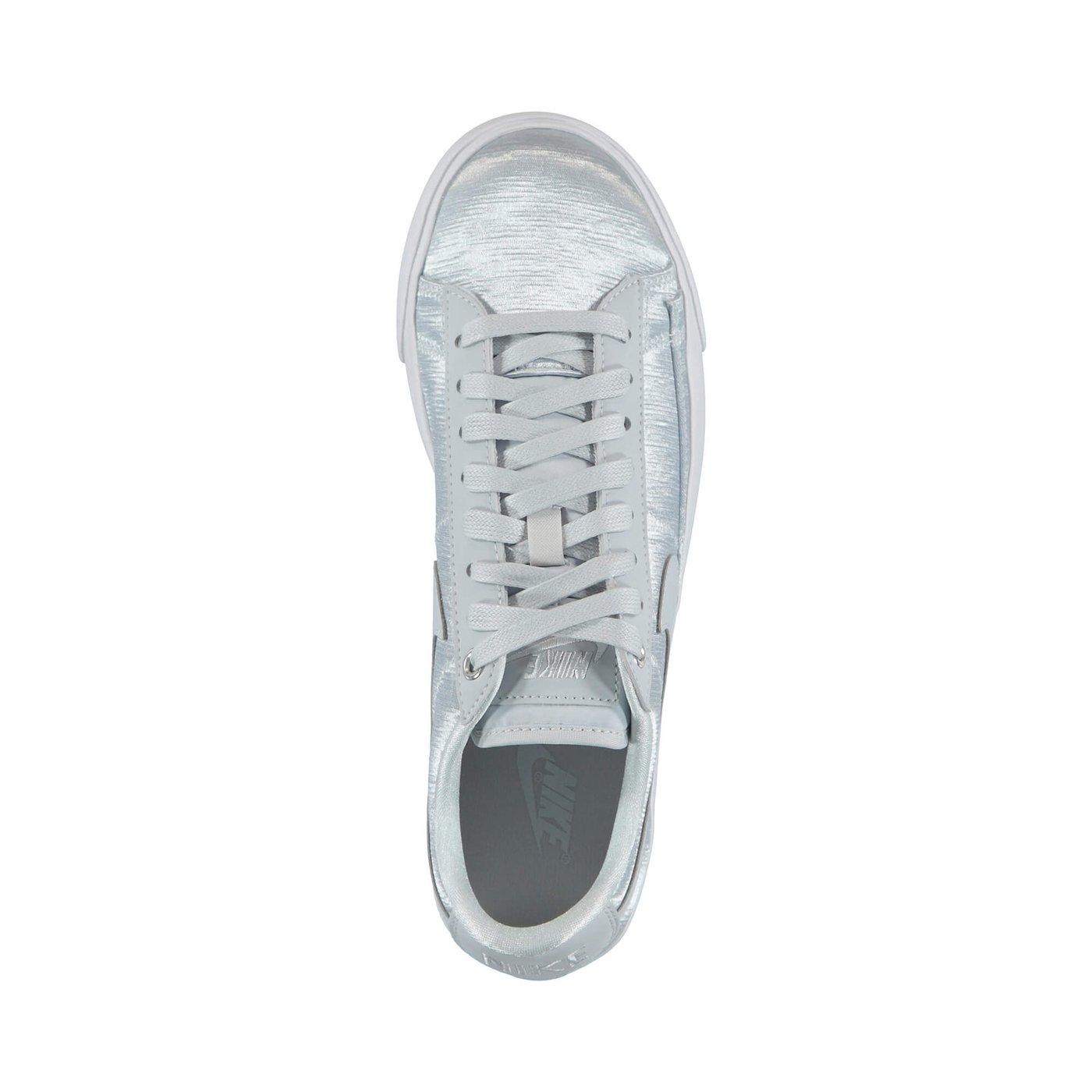 Nike Kadın Beyaz Ayakkabı