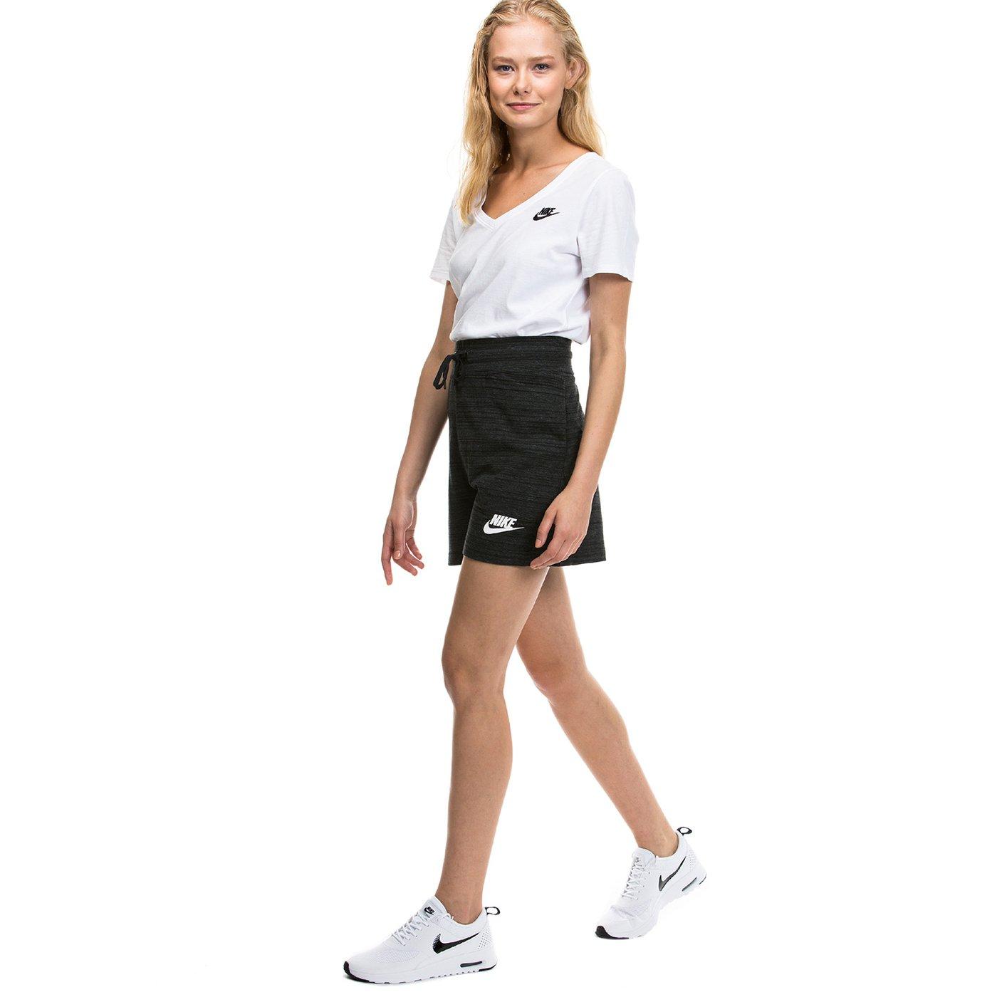 Nike Advanced Kadın Siyah Şort