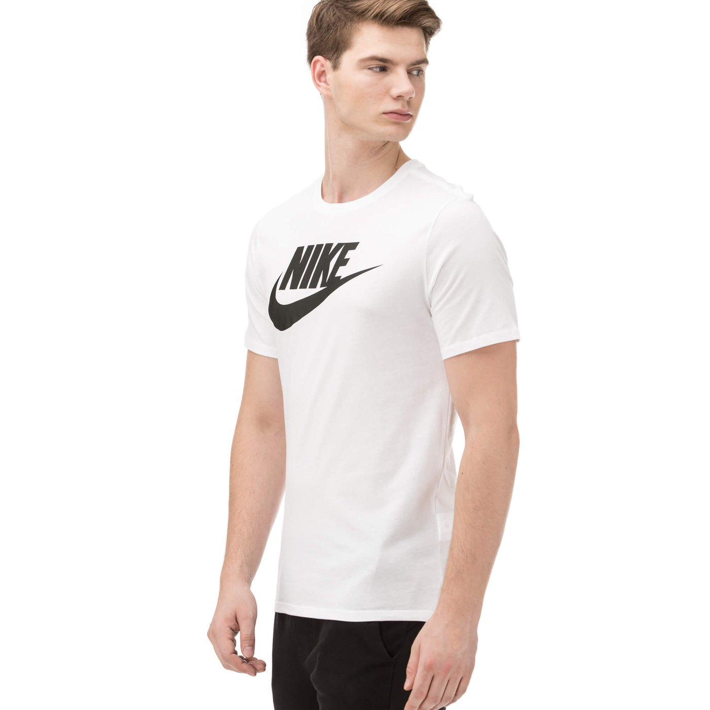 Nike Futura Erkek Beyaz Tshirt
