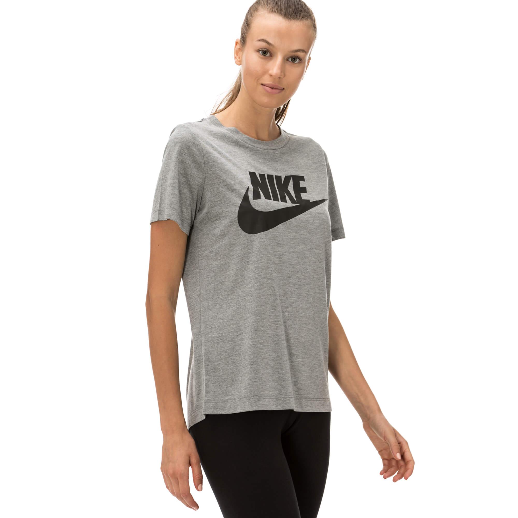 Nike Essential Kadın Gri T-shirt