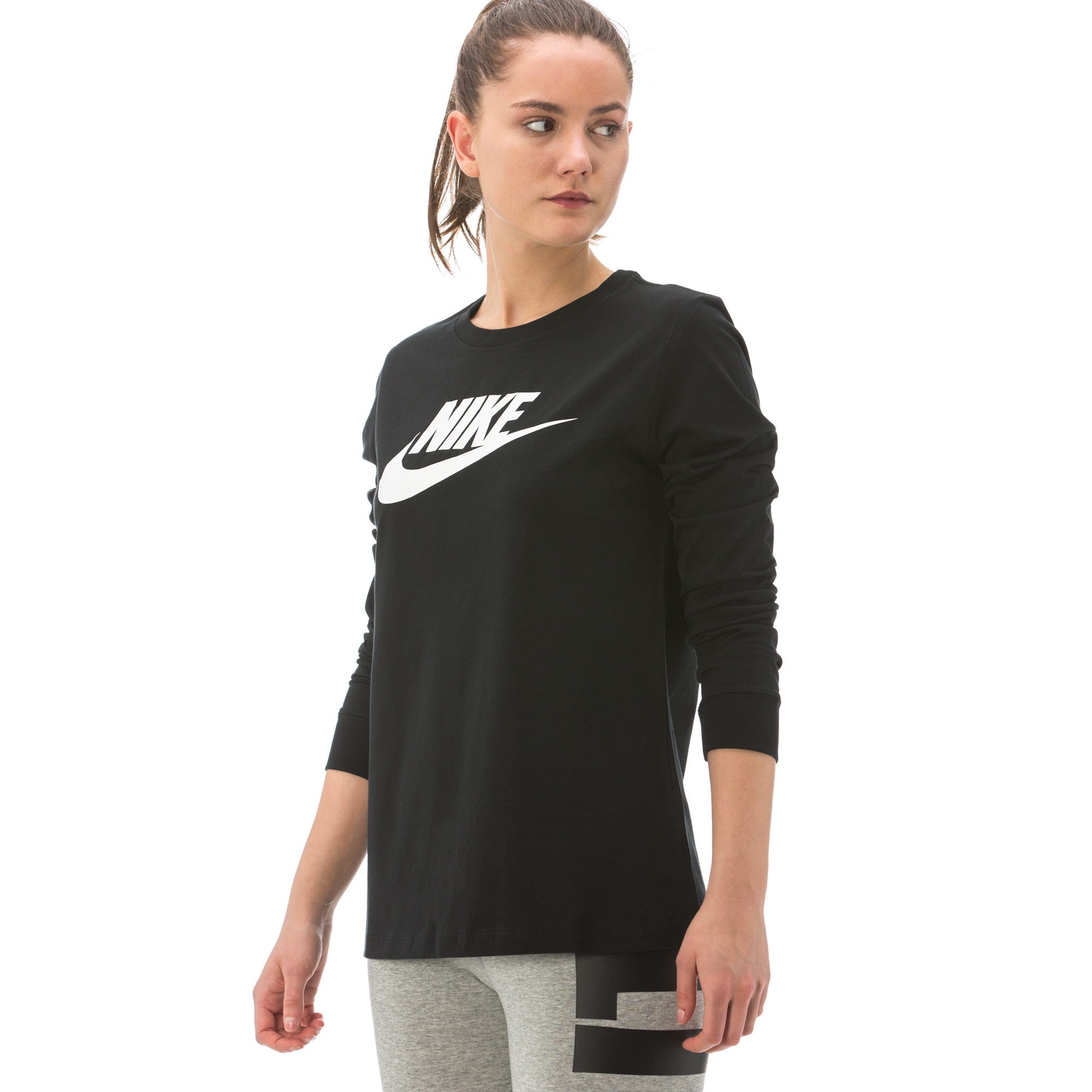 Nike Essential Kadın Siyah T-Shirt
