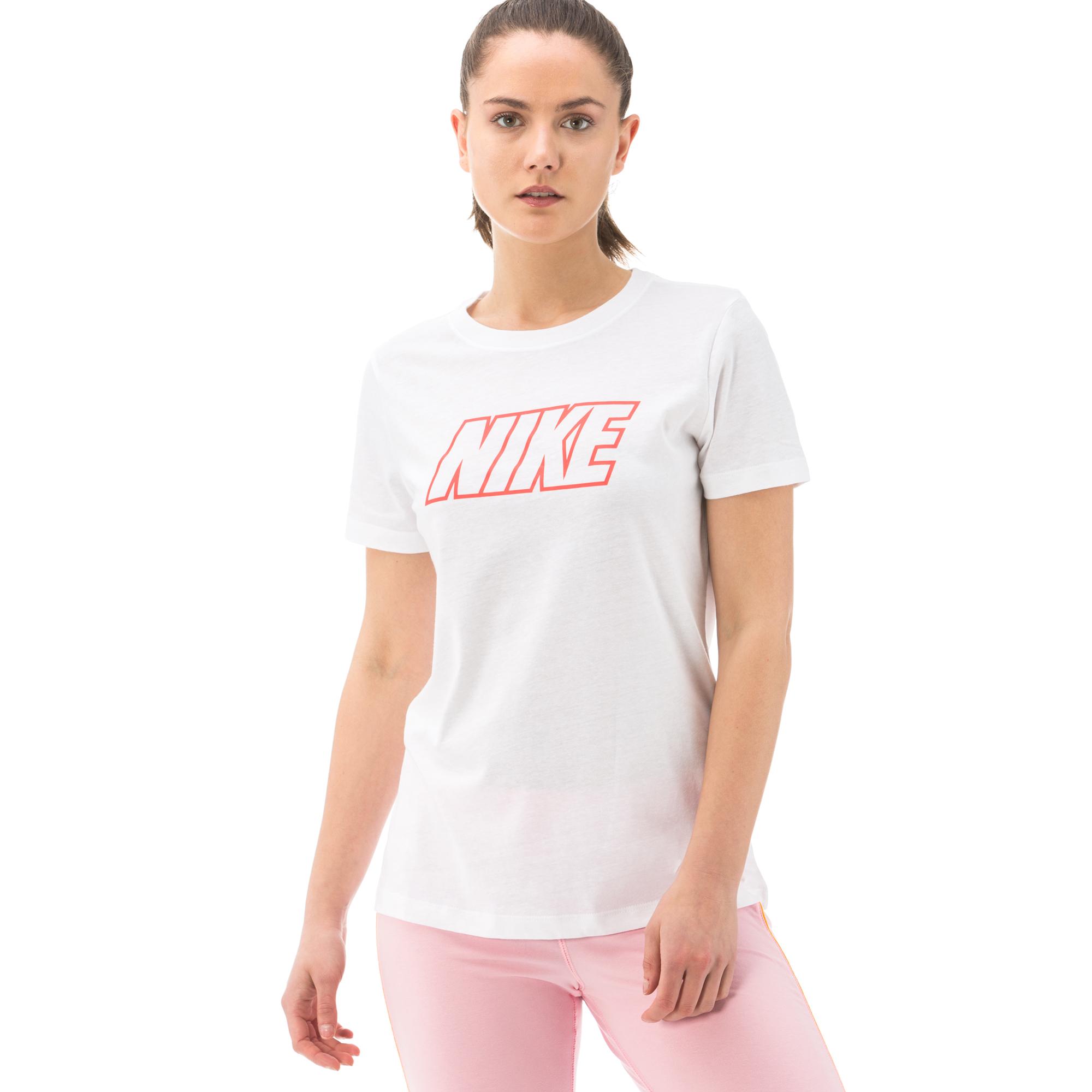 Nike Sport Kadın Beyaz T-Shirt