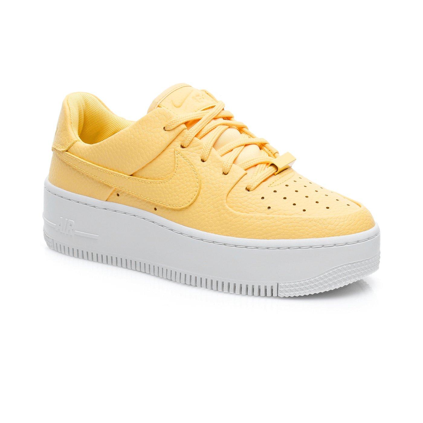Nike Air Force 1 Sage Low Kadın Sarı Spor Ayakkabı