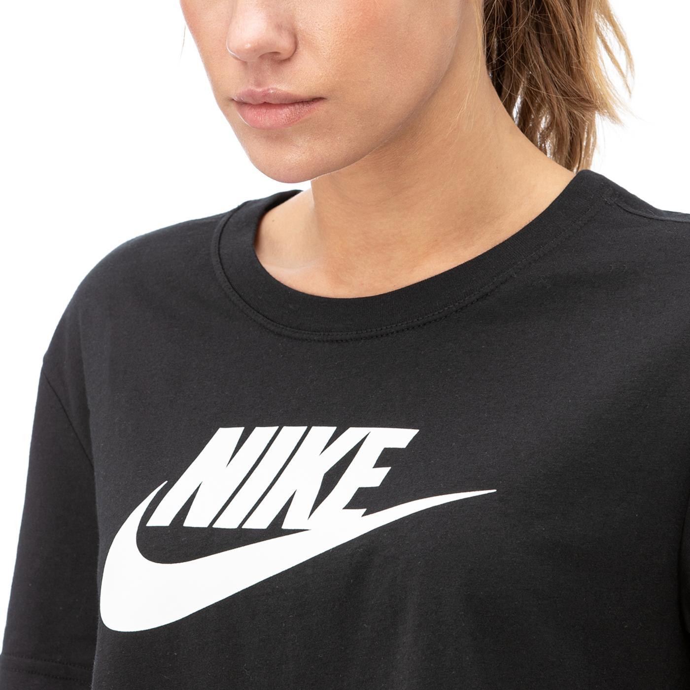 Nike Essntl Crp Icn Ftr Kadın Siyah T-Shirt