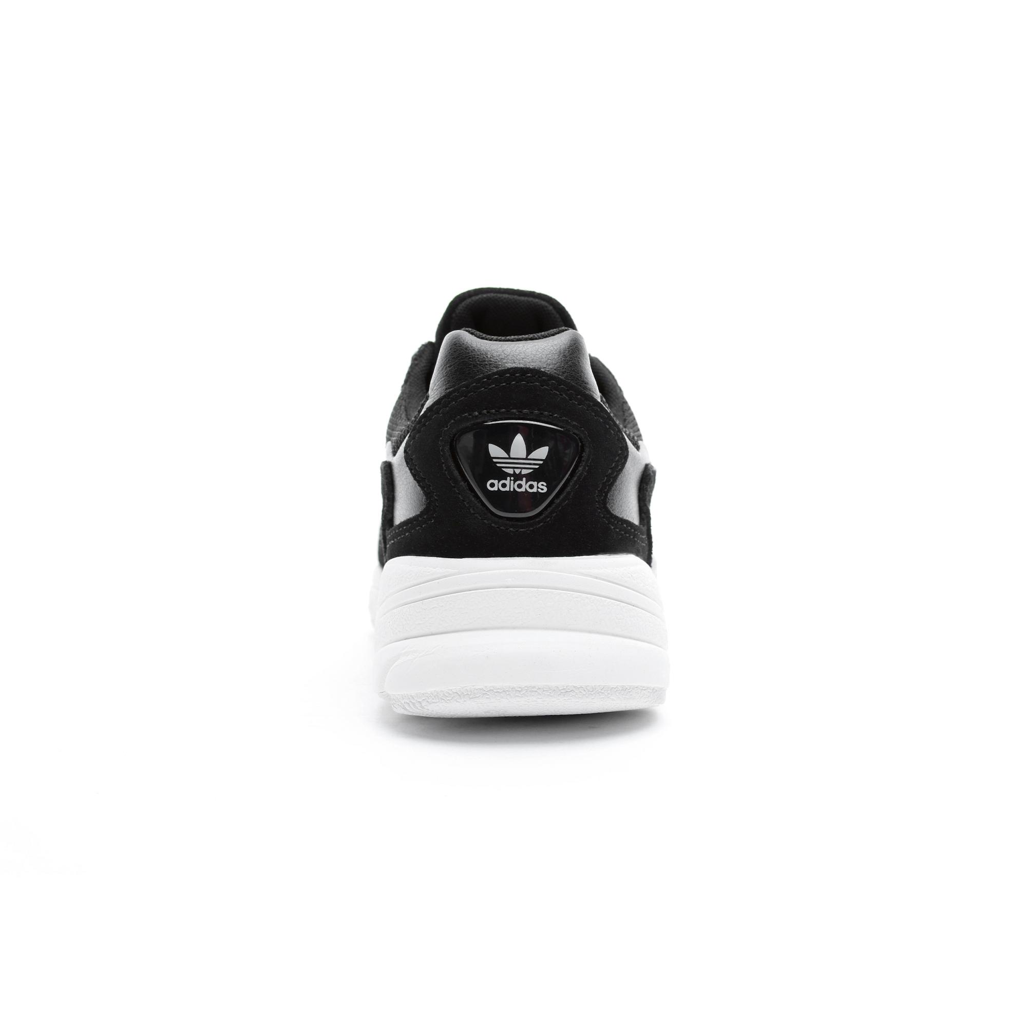 adidas Falcon Kadın Siyah Spor Ayakkabı