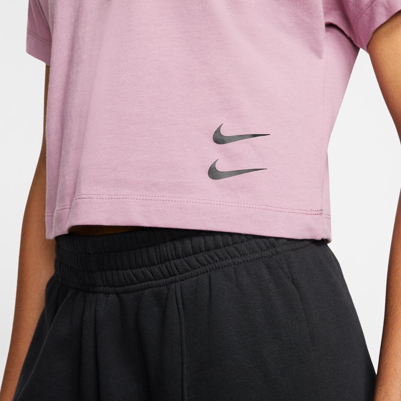 Nike Sportswear Swoosh Kadın Mor T-Shirt
