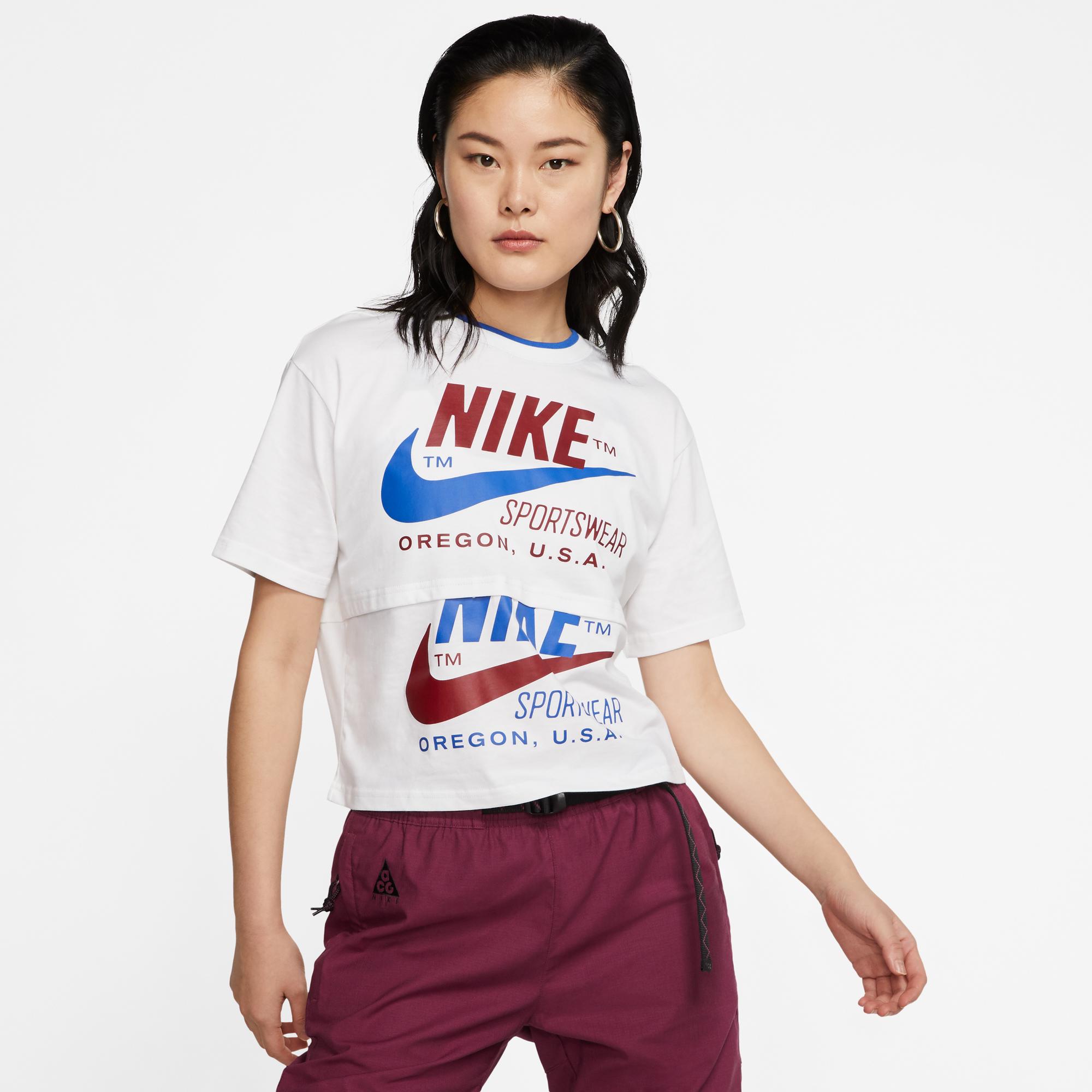 Nike Sportswear Kadın Beyaz T-Shirt