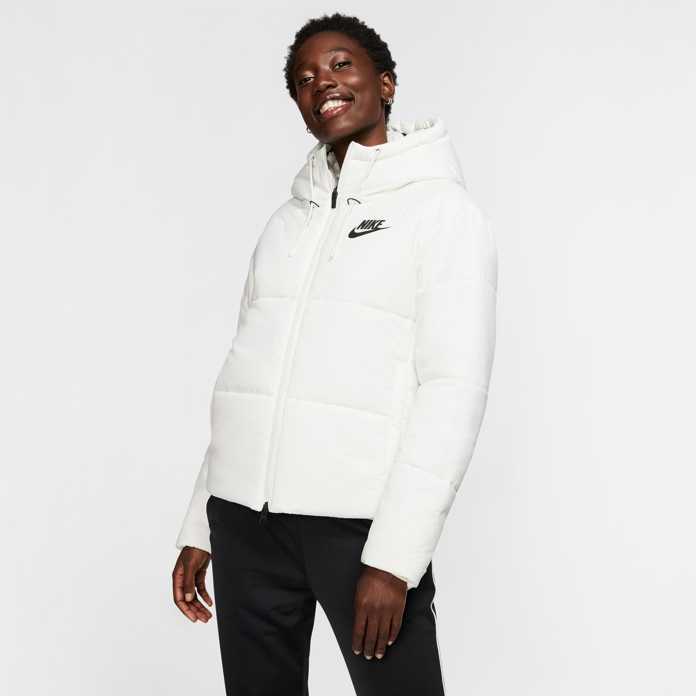 Nike Sportswear Kadın Beyaz Mont