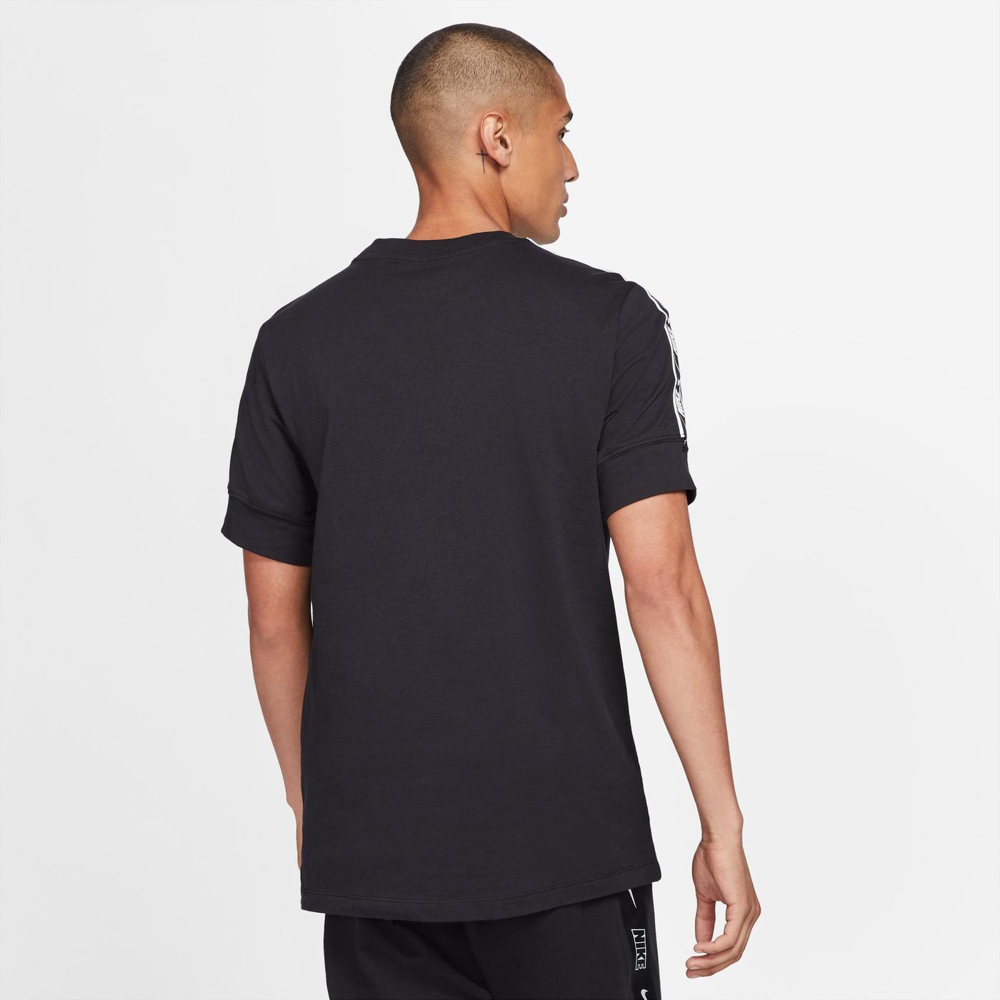 Nike Repeat Erkek Siyah T-Shirt