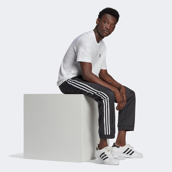adidas 3D Trefoil 3-Stripes Erkek Siyah Eşofman Altı