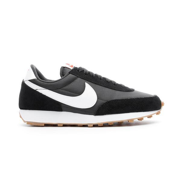 Nike DayBreak Kadın Siyah Spor Ayakkabı