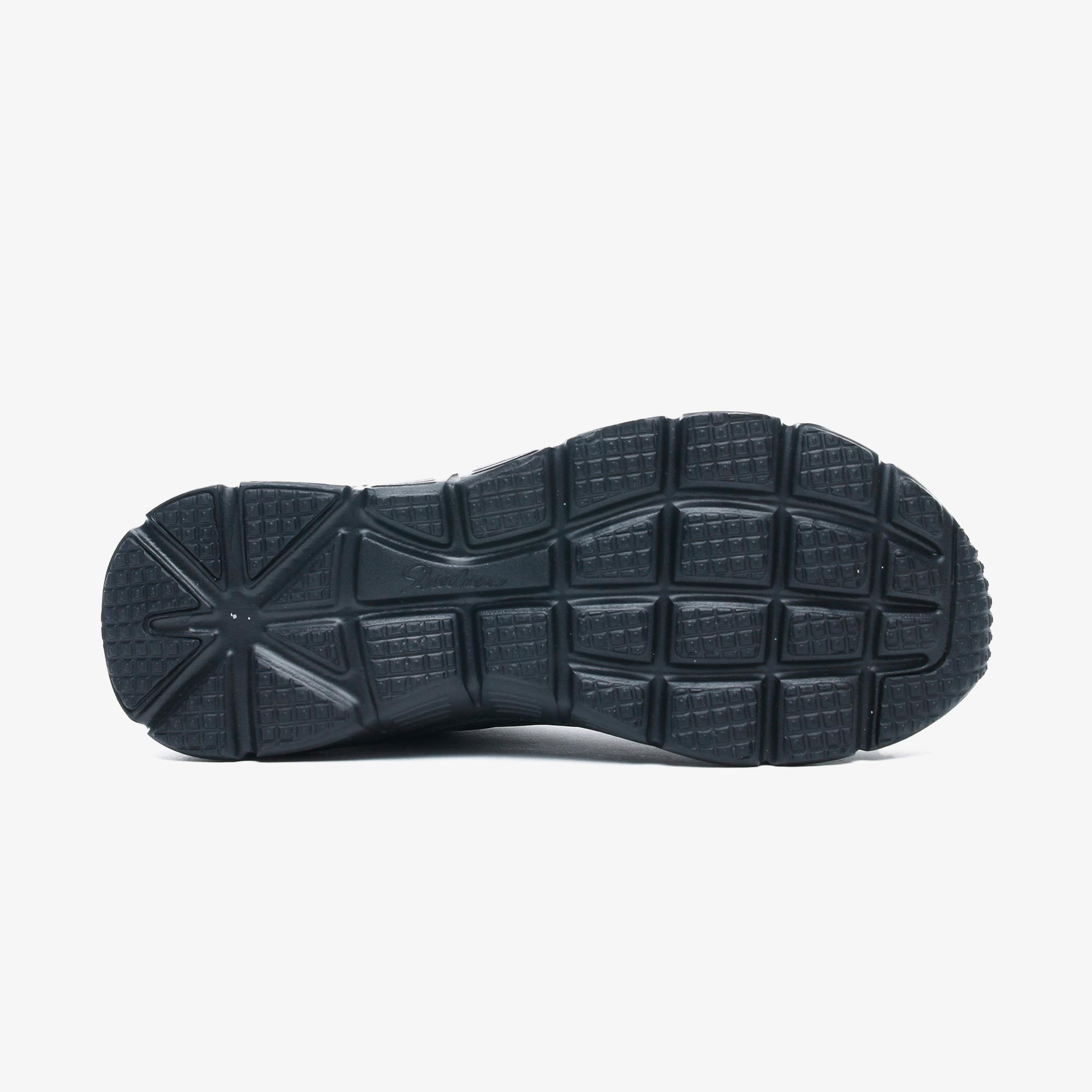 Skechers Fashion Fit-True Feels Kadın Siyah Spor Ayakkabı