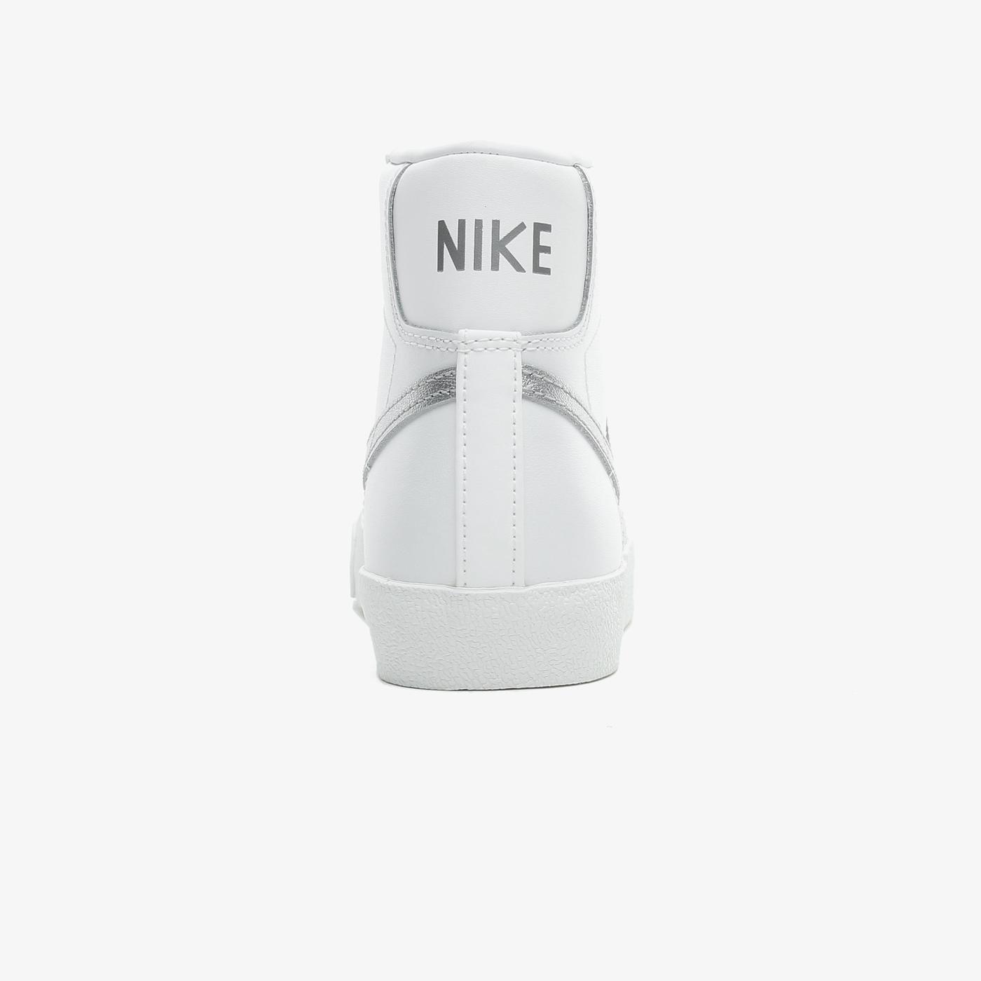 Nike Blazer Mid '77 Vintage Kadın Beyaz Spor Ayakkabı