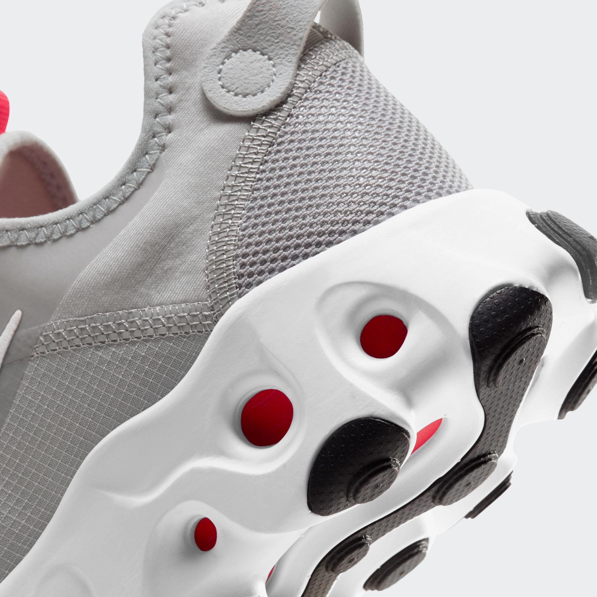 Nike React Art3Mis Kadın Gri Spor Ayakkabı