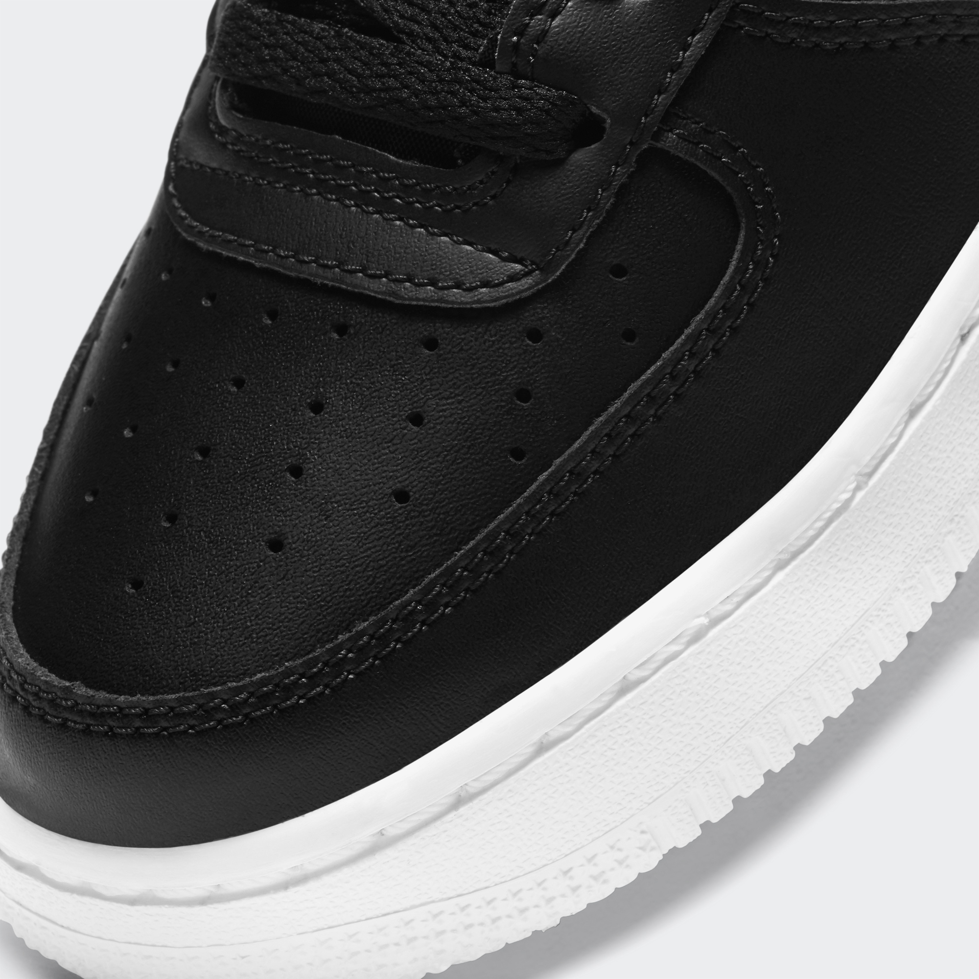 Nike Air Force 1 Lv8 Gs Kadın Siyah Spor Ayakkabı