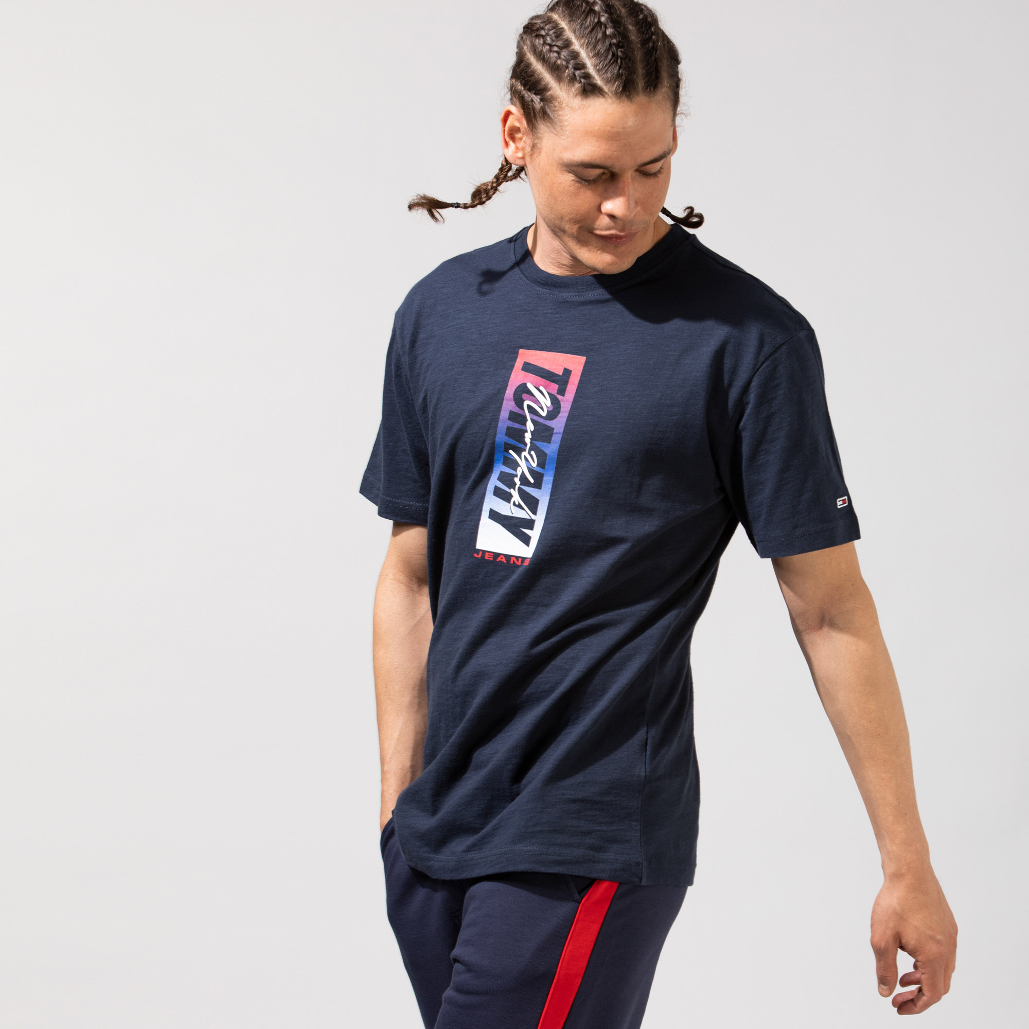Tommy Hilfiger TJM Vertical Front Logo Box Erkek Lacivert T-Shirt
