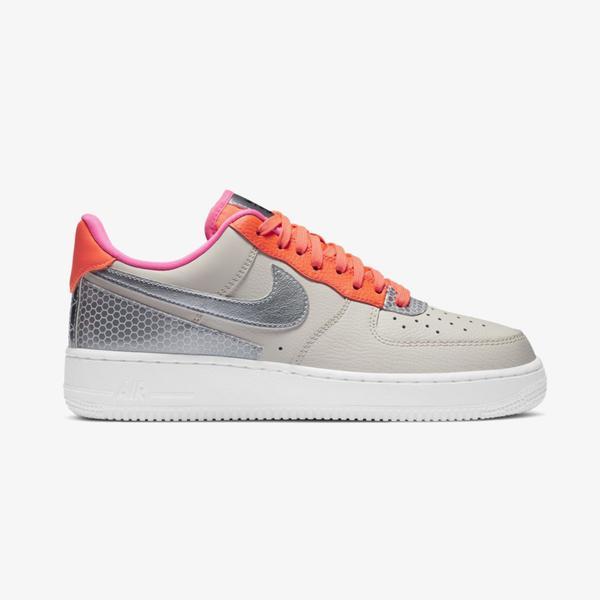 Nike Air Force 1  07 SE Kadın Bej Spor Ayakkabı