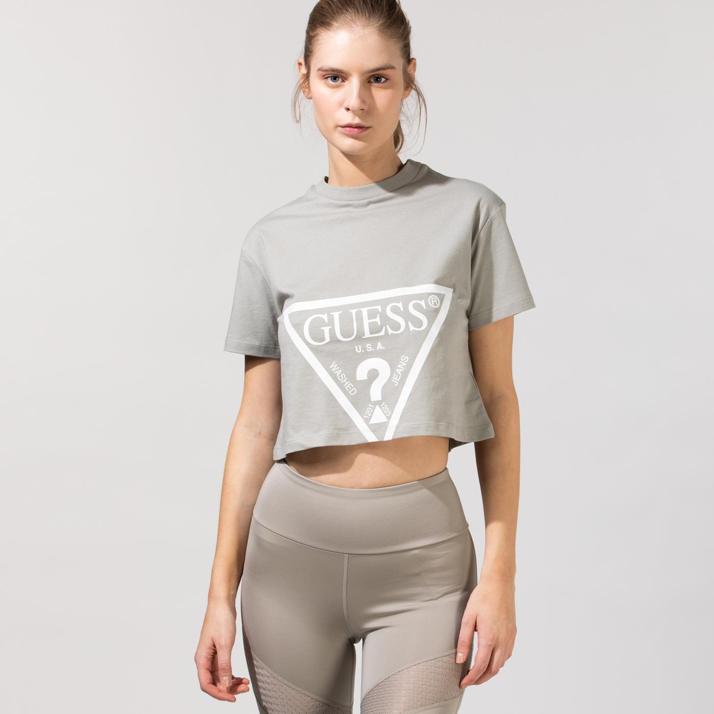 Guess Kadın Gri T-Shirt