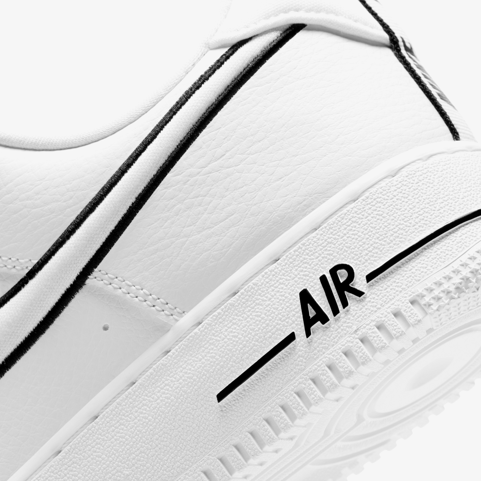 Nike Air Force 1 Erkek Beyaz Spor Ayakkabı