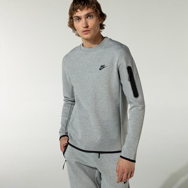 Nike Sportswear Tech Fleece Erkek Gri T-Shirt