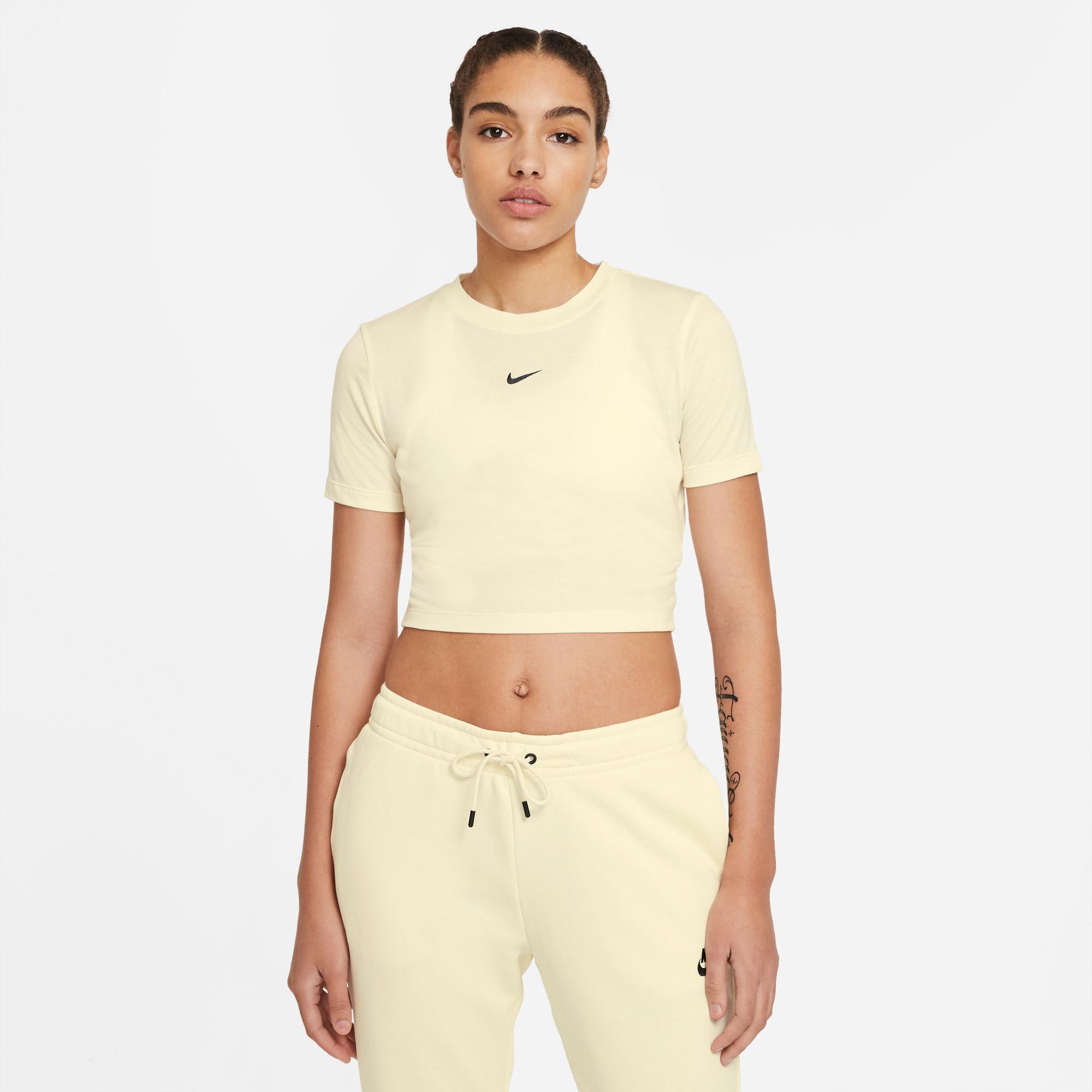 Nike Sportswear Essential Lbr Kadın Krem T-Shirt