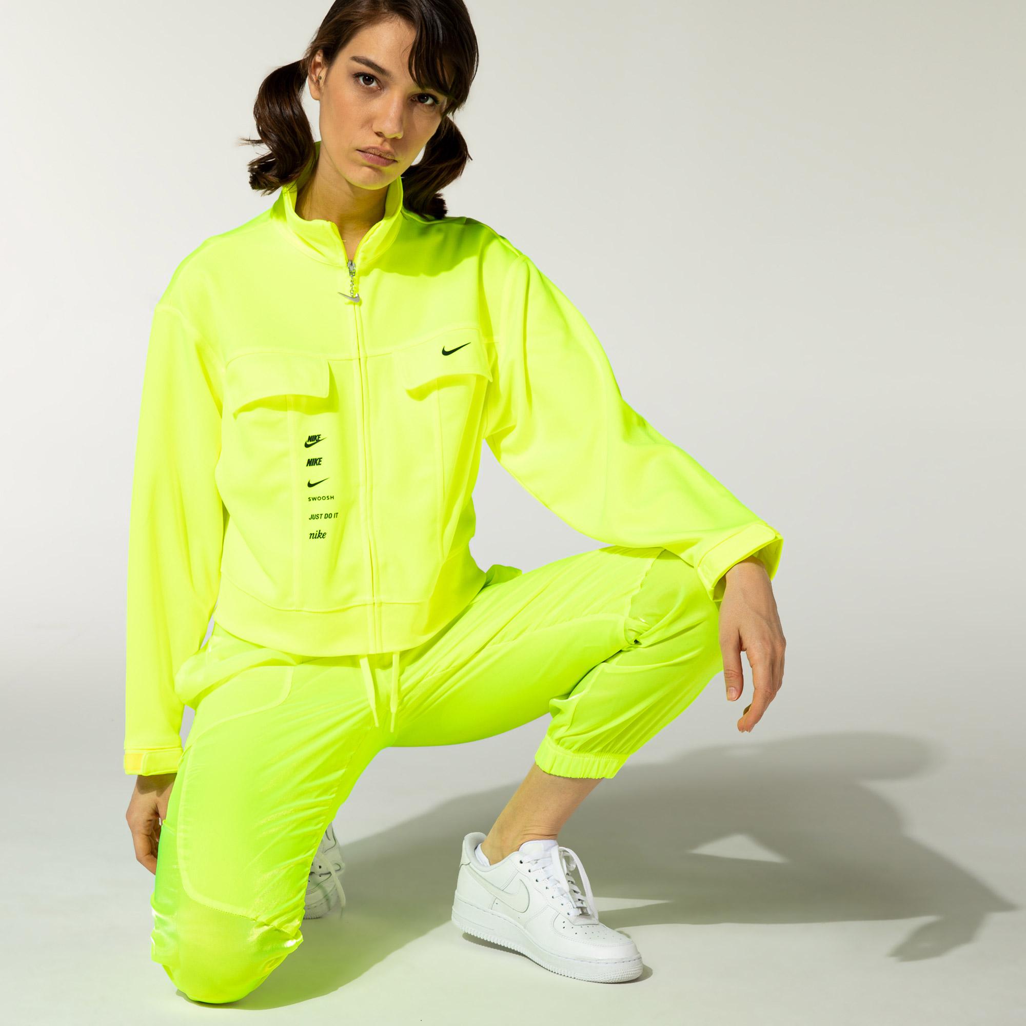 Nike Sportswear Swoosh Full-Zip Kadın Yeşil Ceket