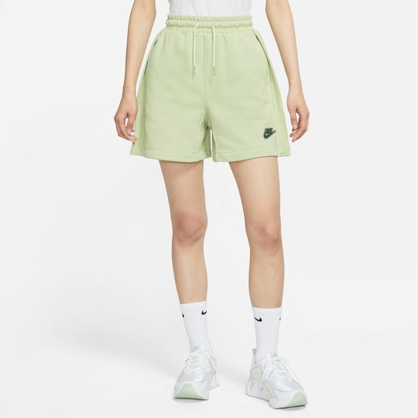 Nike Sportswear Earth Day Fit Kadın Yeşil Şort