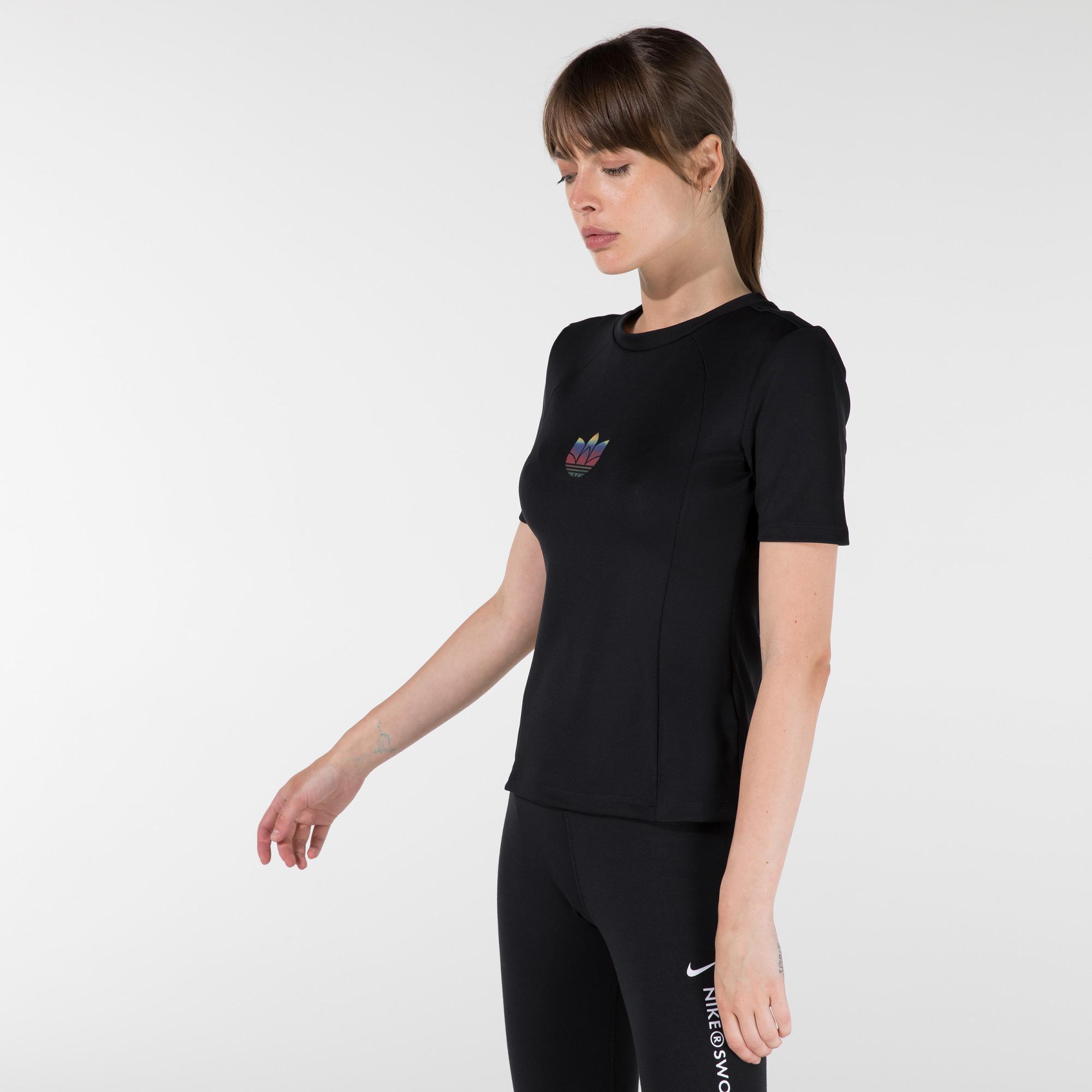 adidas Adicolor Kadın Siyah T-Shirt