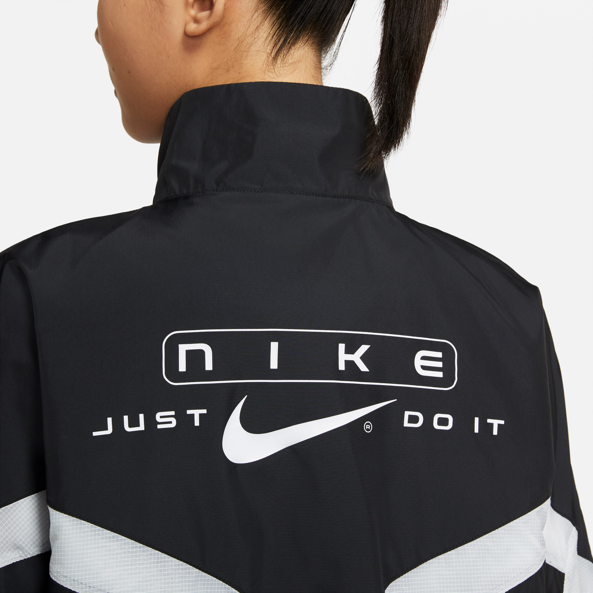 Nike Sportswear Kadın Siyah Ceket
