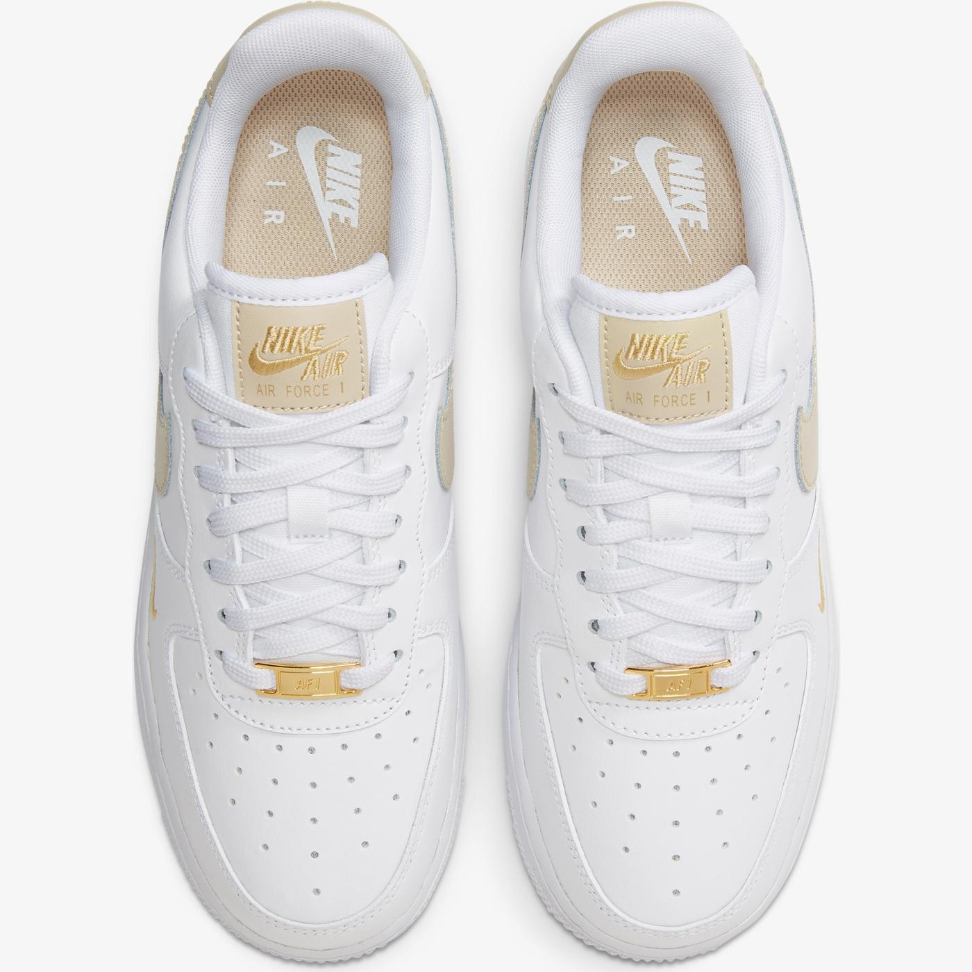 Nike Air Force 1 '07 Essential Kadın Beyaz Spor Ayakkabı