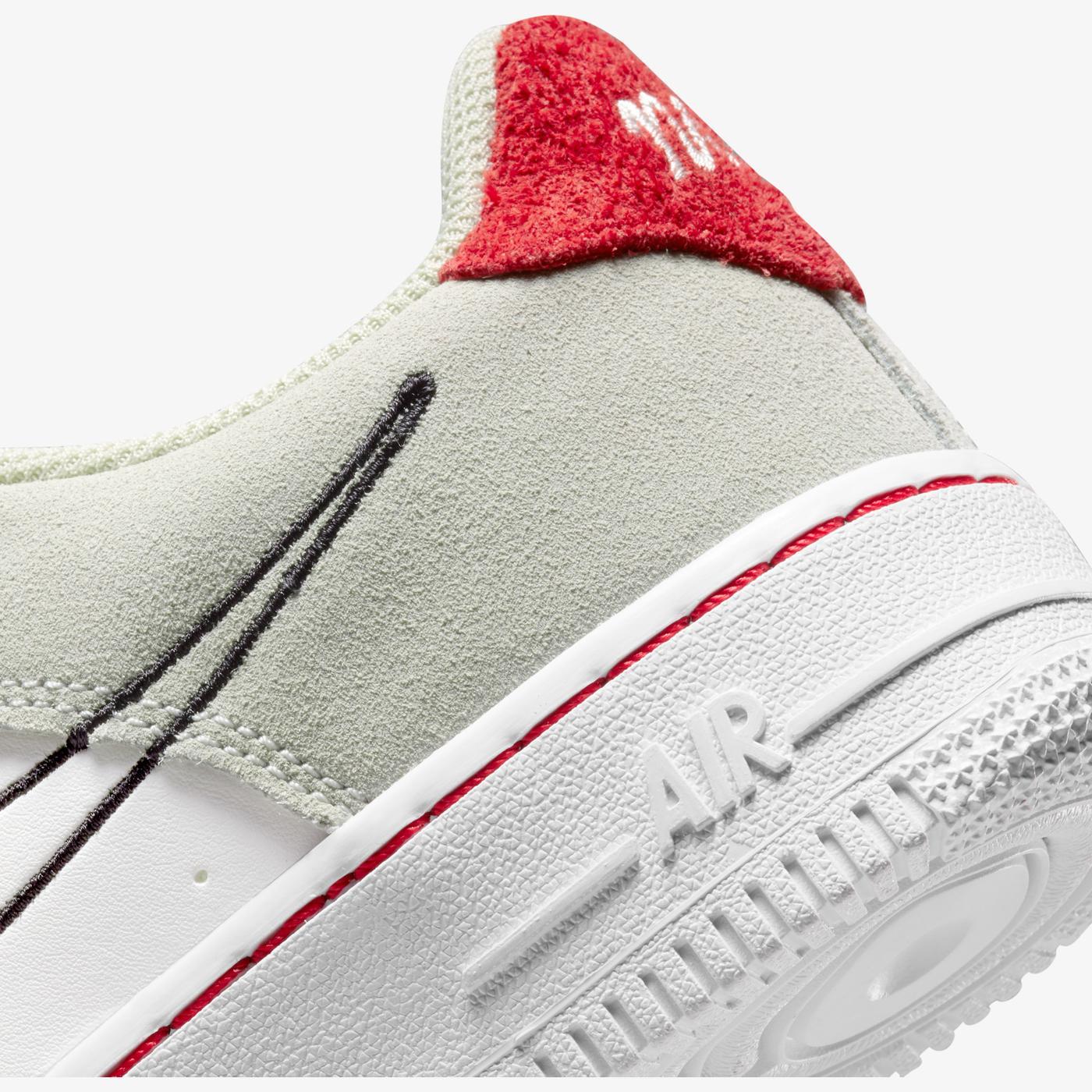 Nike Air Force 1 Lv8 Kadın Beyaz Spor Ayakkabı