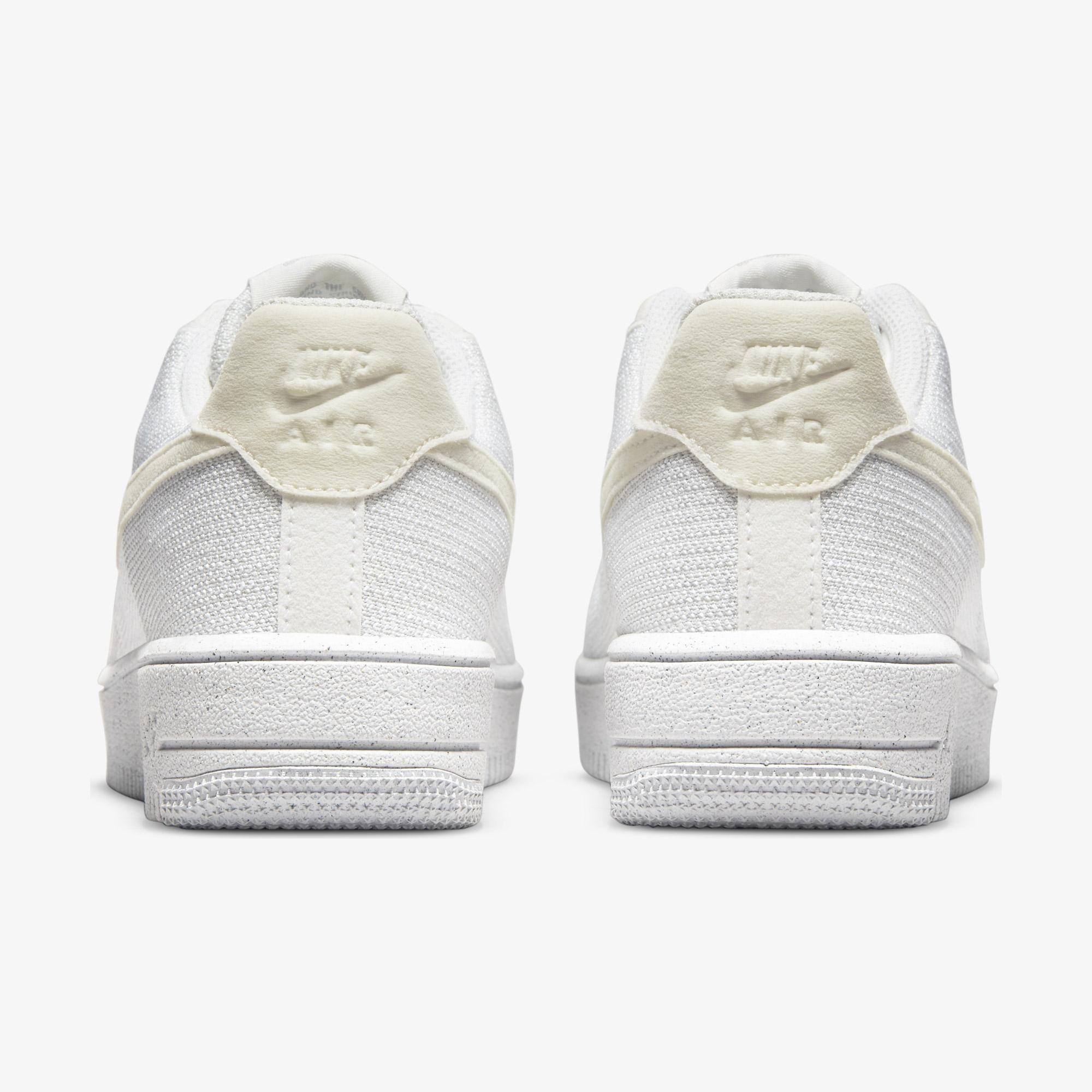 Nike Air Force 1 Crater Flyknit Kadın Beyaz Spor Ayakkabı
